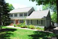 277 River Rd Saint James NY, 11780