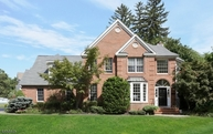 1 Manor Ct Montclair NJ, 07042