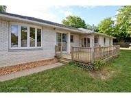 40 Hennings Court Antioch IL, 60002