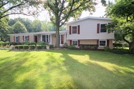 200 Blueberry Road Libertyville IL, 60048