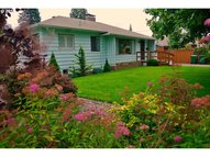 2117 C St Forest Grove OR, 97116