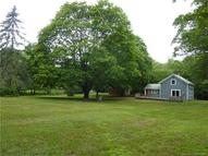 60 Buttonball Rd Old Lyme CT, 06371