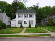 35 Grandview St Huntington NY, 11743