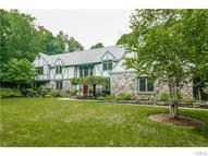 19 Deep Woods Lane New Milford CT, 06776