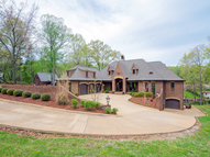 18 Dogwood Cr. Muscle Shoals AL, 35661