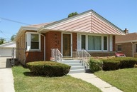 3156 West 100th Street Evergreen Park IL, 60805