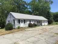 213 Shore Rd Waterford CT, 06385