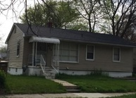 489 Harvey Ave Pontiac MI, 48341