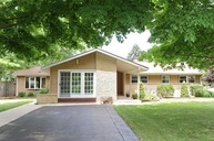 30 North Wildwood Drive Prospect Heights IL, 60070