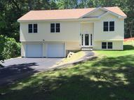72 Swan Ave Worcester MA, 01602