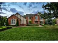 572 Oakbridge Drive Oakland Township MI, 48306