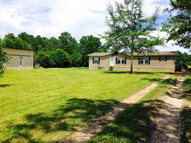 172 George Wise Rd. Carriere MS, 39426
