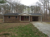 67 Short St Spencer TN, 38585