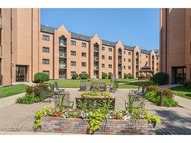 7410 West Lawrence Avenue 114 Harwood Heights IL, 60706