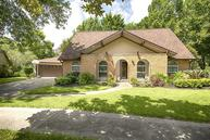 248 Palm Aire Drive Friendswood TX, 77546