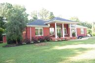 130 Fairway Cir Loretto TN, 38469