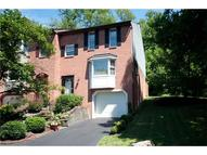 950 Twin Leaf Ct Bethel Park PA, 15102