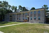 55 Taylor Ave #1d Copiague NY, 11726