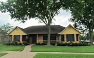 1927 Timber Creek Dr Pearland TX, 77581