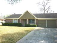 306 Cambridge St Alvin TX, 77511