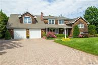 74 Bayway Ave Brightwaters NY, 11718