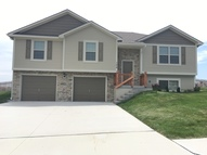 102 Golfview Dr Pleasant Hill MO, 64080