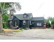 9 Willow St Wakefield MA, 01880