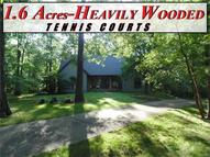 27 Northwoods Trail Highland IL, 62249