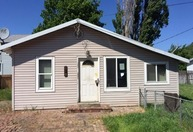 819 Floral Ct The Dalles OR, 97058