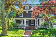 474 Brooklyn Blvd Brightwaters NY, 11718