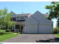 35 Valley View Way Newtown PA, 18940