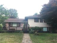 17 Lilac Road New Castle PA, 16105