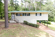 200 Meadwood Dr Ne Birmingham AL, 35215