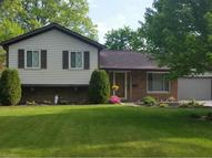 26854 Locust Dr Olmsted Falls OH, 44138