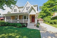 306 North Pine Street Mount Prospect IL, 60056