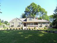471 Parish Dr Wayne NJ, 07470