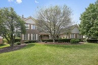 605 Marian Square Oak Brook IL, 60523