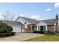 436 Kingswood Court Willowbrook IL, 60527