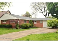 305 East Berkshire Lane Mount Prospect IL, 60056