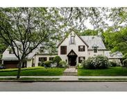 195 Middlesex Road Chestnut Hill MA, 02467