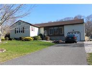73 Judson Ave Mystic CT, 06355