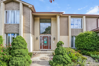 3610 Palm Canyon Dr Northbrook IL, 60062