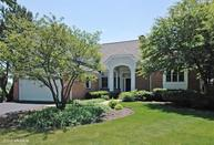 4 Canterbury Court Lake In The Hills IL, 60156
