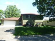 402 Sw 10th St Jamestown ND, 58401