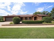 1922 East Burr Oak Drive Mount Prospect IL, 60056