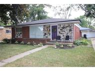 637 Redwood Troy MI, 48083