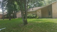 1810 Surry Oaks Dr New Caney TX, 77357
