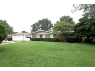 39 Queensbrook Place Olivette MO, 63132