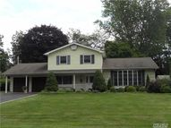 224 Northfield Rd Hauppauge NY, 11788