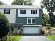 221 Roscommon Place Canonsburg PA, 15317